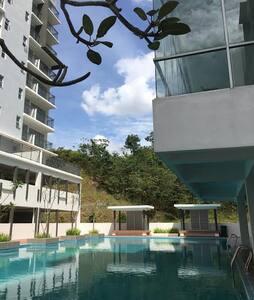 Casa Mewah Homestay@Hijauan Hights Bangi_Putrajaya - Kajang - Kondominium