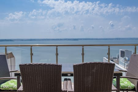 Apartament SunsetView Mamaia - Next to the Beach! - 公寓