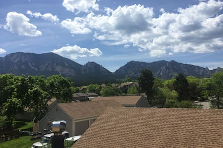 South Boulder Condo with Stunning Views - Boulder