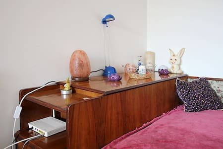Cosy double room with shared bath - Bucharest