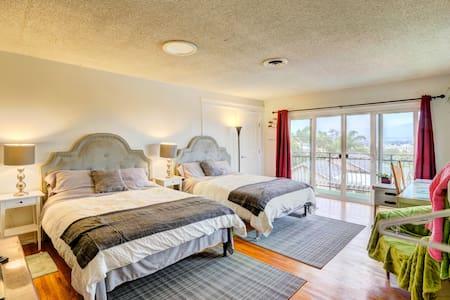 LA No.1 Grand View Room 2Queen Beds - Monterey Park