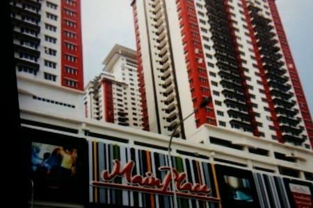 Main Place Condo @ Subang - Lakás