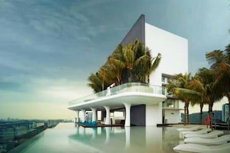 Cool Studio Apt with all amenities @Verve Suites - Lakás