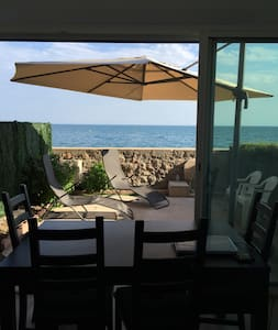 Très beau studio rénové avec vue mer imprenable - Apartment