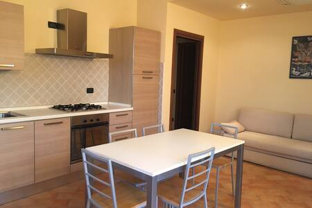 Bilocale a Desenzano! - 迪塞萨诺德加达(Desenzano del Garda) - 公寓