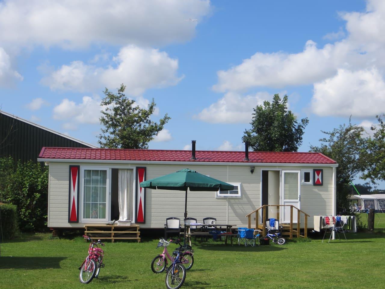 De Top 20 Chalets om te huren in Zeeland - Airbnb: chalet huren ...