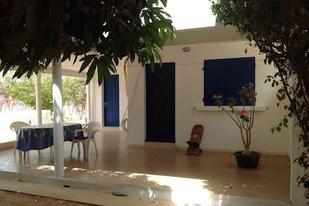 Loue studio indépendant  à Ngaparou- SENEGAL - Dům