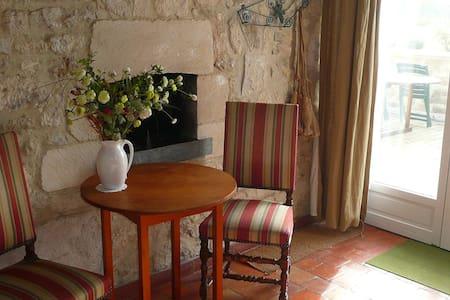 Chambre à la campagne - Serval - House