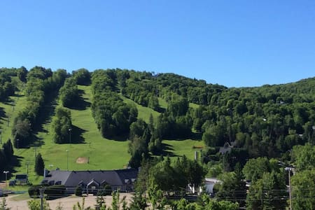 Home Away From Home - Saint-Sauveur