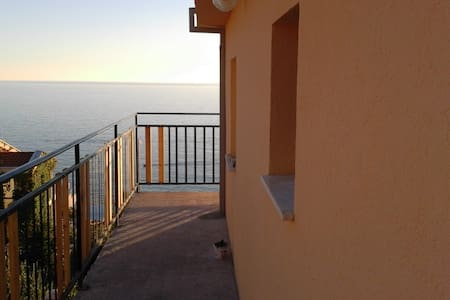 Amazing sea view. Apartment with 35m2 of space - Dobra Voda