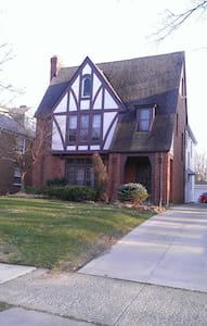 RNC Rental Historic Shaker Heights - Casa