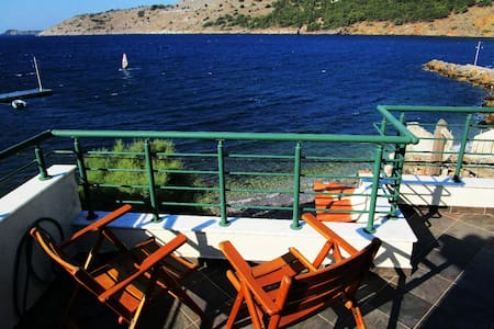 Seaside house with amazing view - Chios