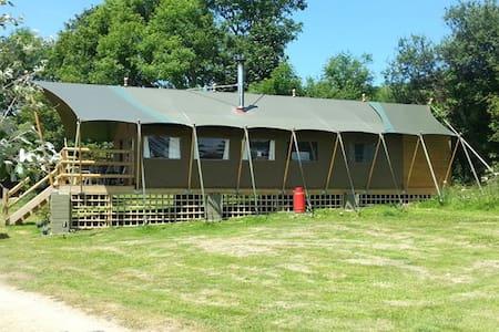 Safari lodge at Coastal Valley Camp and Crafts - Cornwall - Outro