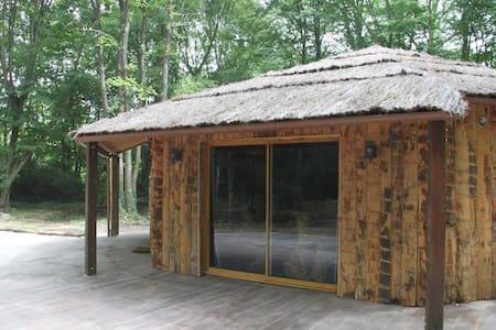 L'isba des bois, hors du temps - Janvry - Cabin