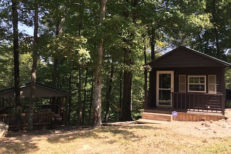 Charming cabin at Nolin Lake/Mammoth Cave. - Huis