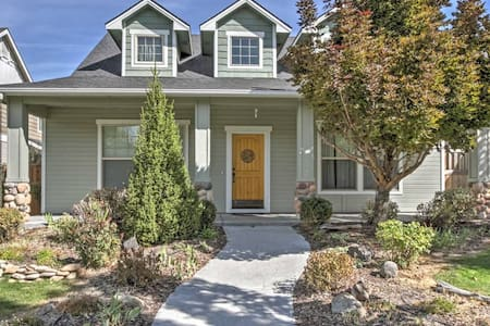 Beautiful 3BR Boise House w/Pool Access - Boise