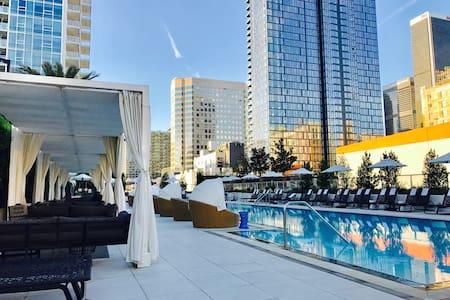 Downtown LA Penthouse Style Suite - Los Angeles - Appartamento