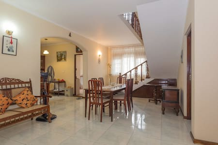 Lovely Double En-suite Room with AC - Colombo - Casa