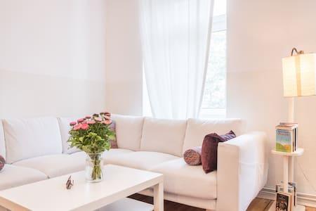 Beautiful Apartment in Kreuzberg - Lejlighed