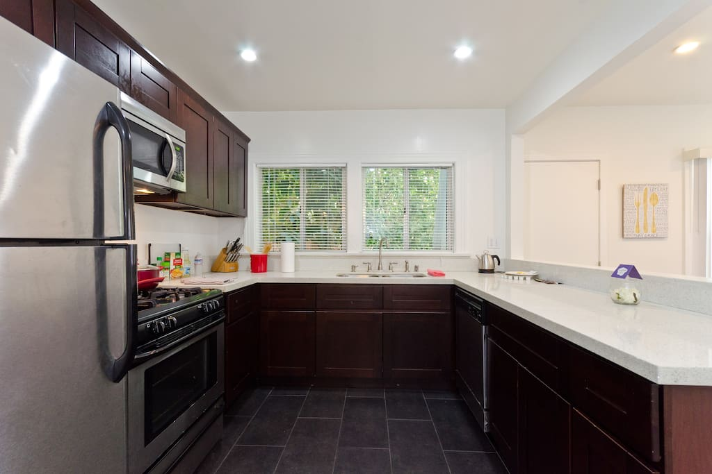 A great blend of colors in this kitchen. Lots of space for a few people to prepare a nice meal together. You will never need to feel crowded living here.