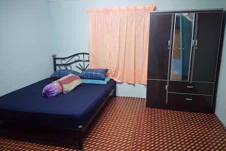 Sg Duri Homestay - Haus