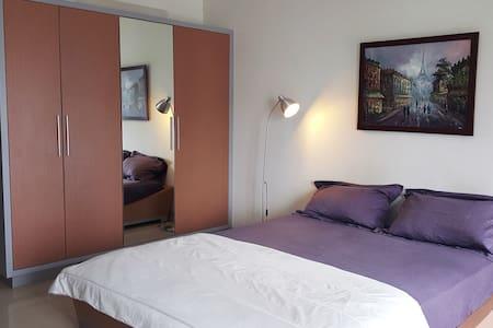 Cozy Tamansari Apartment Jakarta - Apartment