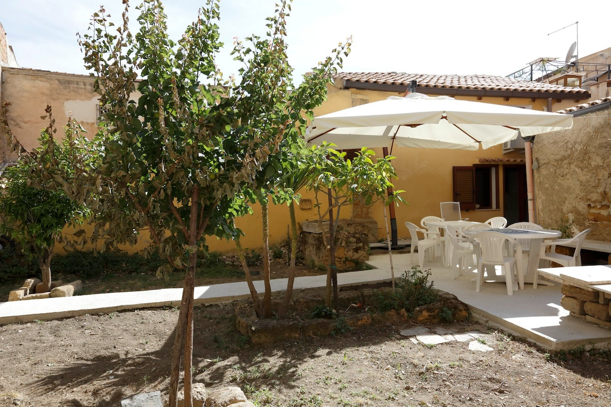 Rental bungalows in Agrigento inexpensively