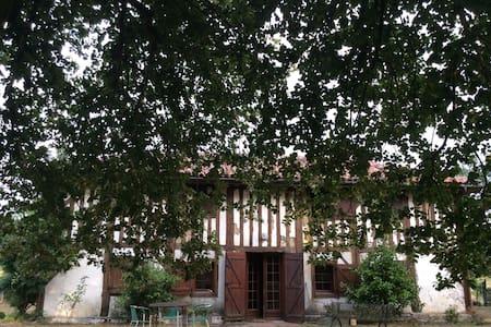 Ferme landaise typique - Casa