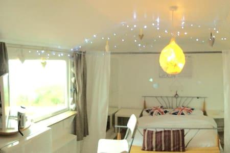 Ard Na Mara Cabin - peace, quiet & wow sea views - Melvaig - Sommerhus/hytte