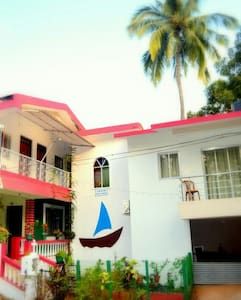Furnished and Cozy Homestay in Bogmalo, Goa - Appartement