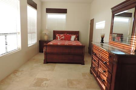UpscaleGuest House Gold Canyon AZ. - Lejlighed