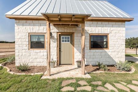 TimberRose B&B Stone Cottage - Bed & Breakfast