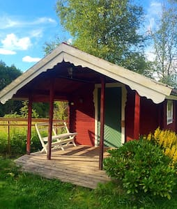 Cosy B&B cabin with porch. - Cabin