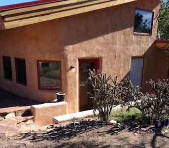 Real Treat Retreat - Santa Fe - Talo