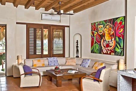 Las Palmas Beach Front Villas 2BDR - Villa
