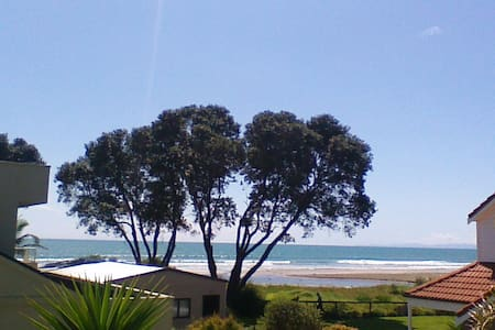 Ohope Beach Bed and Breakfast - Bed & Breakfast