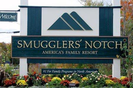 Wyndham Smugglers Notch Resort Ski Vacation - Cambridge - Condominium