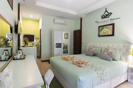Kanecha's Home Lampang (Deluxe King Room) - Hus
