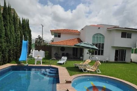 Renta Casa Lomas de Cocoyoc - Oaxtepec - Dom