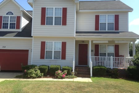 Cozy 1Bdr in Westgate Subdivision - House