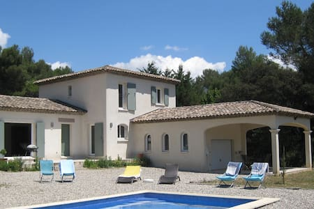 Villa in Provence with swiming pool -6 to 8 pers.- - Vila