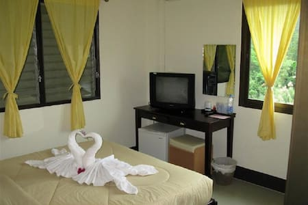 Double Room Air-Con with Balcony - Bed & Breakfast