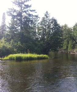 Peaceful Retreat on the Ausable River - Grayling - Bed & Breakfast