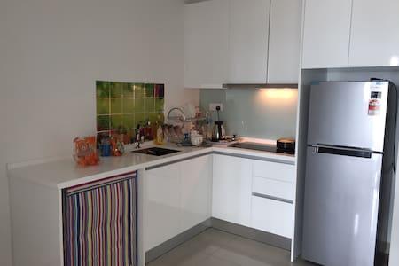 Tropez Resident 1 - Johor Bahru - Apartamento