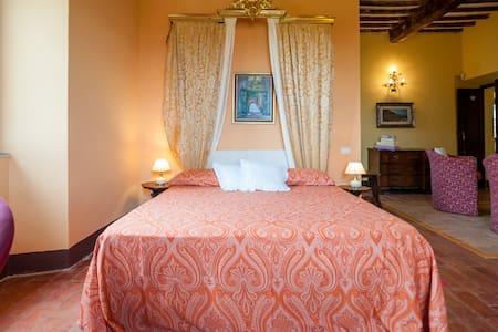 Very panoramic suite- b&b Il Povile - Graffignano - Bed & Breakfast