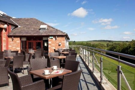 ULLSWATER SUITE Whitbarrow Holiday Village, Nr Ullswater - Dom
