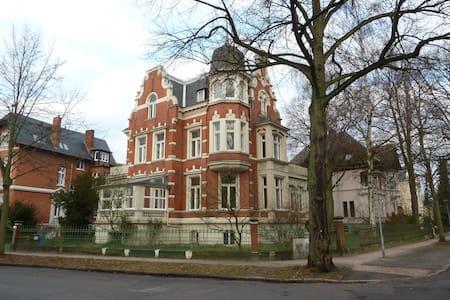 Wohnung in historischer Jugendstilvilla - Appartement