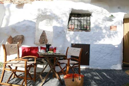 Cave Acacia Guadix Granada.Balcones - Guadix - Grot