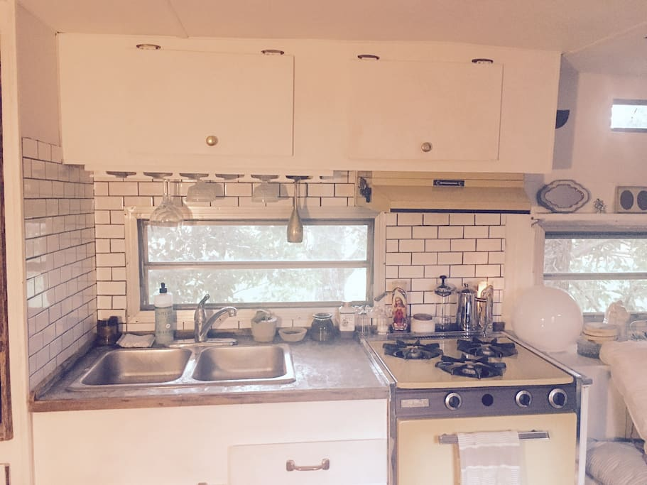 Gas stove, subway tile, champagne flutes!?