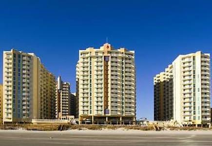 Beautiful Ocean View Condominium on the Beach - North Myrtle Beach